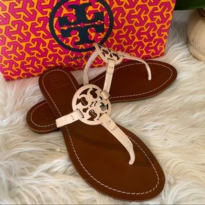 New Tory Burch gabriel leather T strap sandals